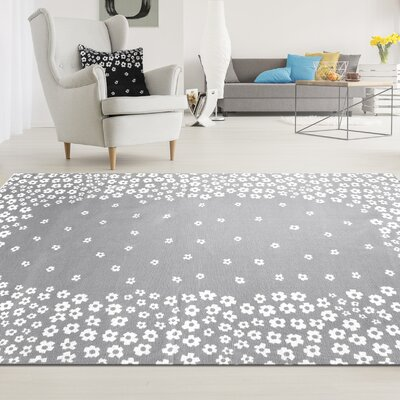 Carlos Wild Flower 100% Cotton Hand-Woven Gray Area Rug Rug Size: 5 x 8