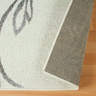 Breese Vine Ivory Area Rug Rug Size: Rectangle 4 x 6