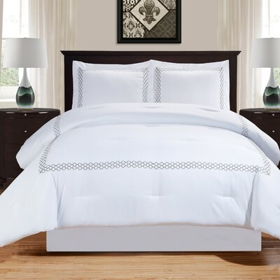 Driffield Down Alternative Trellis Comforter Set Size: Full/Queen, Color: Gray