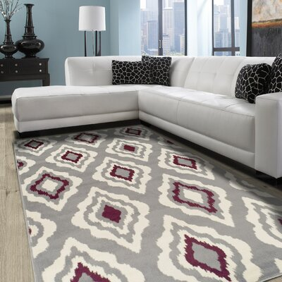 Goshen Diamond Gray Area Rug Rug Size: 4 x 6