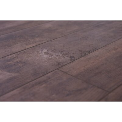 Naples 4 x 48 x 12mm Oak Laminate Flooring in Umber