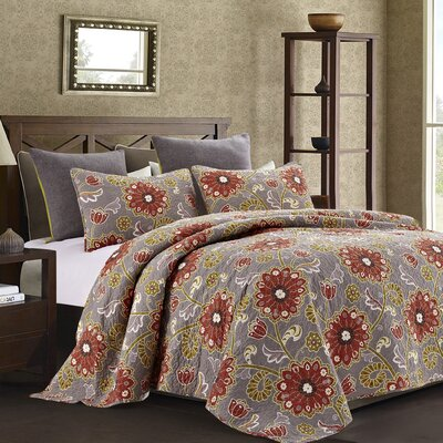 Lang Quilt Set Size: Full/Queen