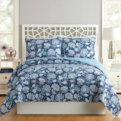 Traveler Floral Quilt Size: Twin