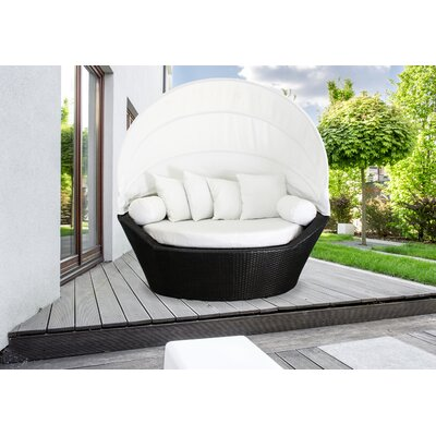 Sogno Daybed with Cushions
