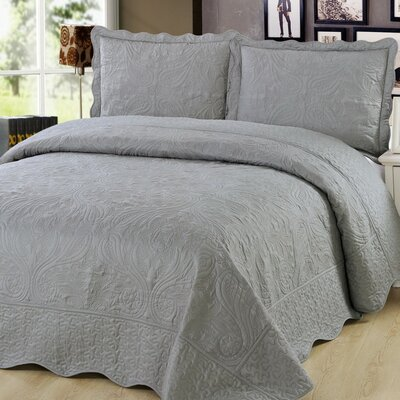 3 Piece Quilt Set Color: Gray