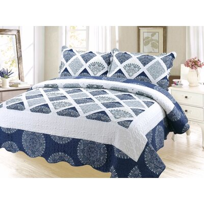 Palmatier Reversible Quilt Set Size: Queen