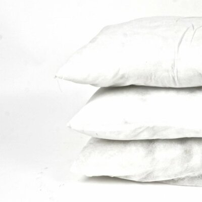 Traditional Pillow Insert Size: 17.7 x 17.7