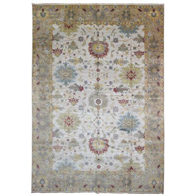 Carmon Hand Woven Wool Beige/Green Area Rug