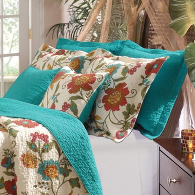Clearwater Reversible Quilt Set Size: Twin