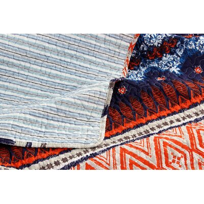 Urban Boho Reversible Quilt Set Size: Twin