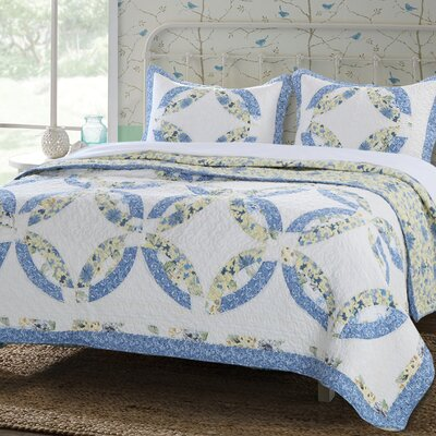 Forever Reversible Quilt Set Size: Twin