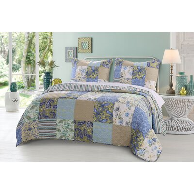 Heirloom Jade Reversible Quilt Set Size: Full/Queen