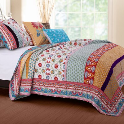 Thalia Reversible Quilt Set Size: Twin