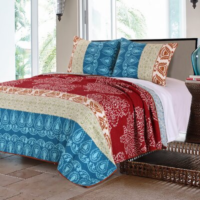 Kianna Cotton Reversible Quilt Set Size: Twin