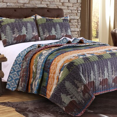 Black Bear Lodge Quilt Set Size: King