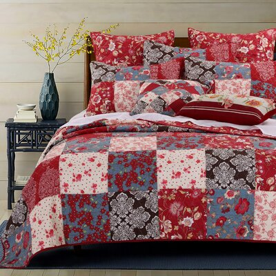 Nicole Reversible Quilt Set Size: Twin