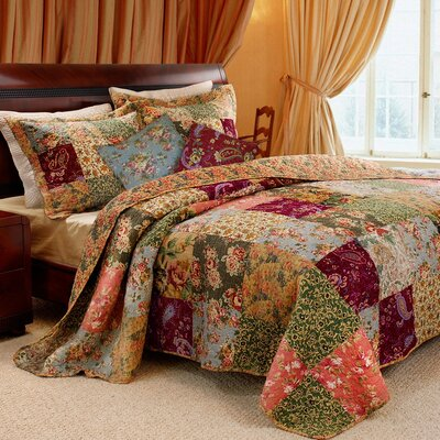 St. John Cotton Reversible Quilt Set Size: King