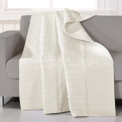 Cotton Ruffled Throw Color: Ivory