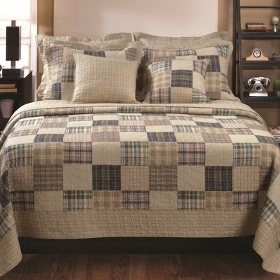 Oxford Reversible Quilt Set Size: Twin