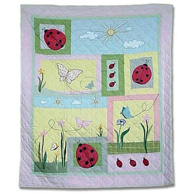 Ladybug Quilt Size: Full / Queen