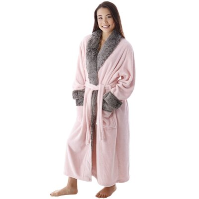 Frederic Luxury Trim Velvet Fleece Pocketed Bathrobe Color: Pink