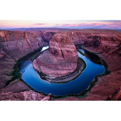 'Horseshoe Bend' Photographic Print on Canvas Size: 18