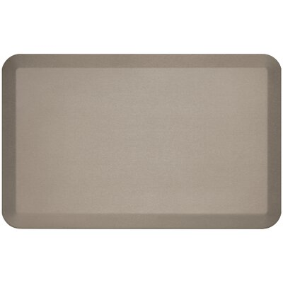 Professional Grade Comfort Kitchen Mat Mat Size: 18 x 28, Color: Stone