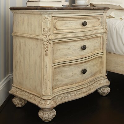 Spencerville 3 Drawer Bachelors Chest Color: White