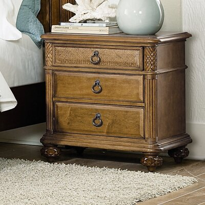 Grand Isle 3 Drawer Bachelors Chest