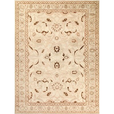 Xenos Traditional Hand-Knotted Wool Green Area Rug