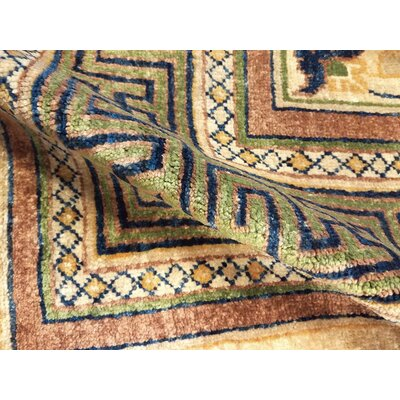 Xenos Hand-Knotted Wool Light Gold/Green Area Rug