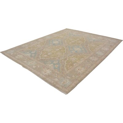 Xenos Hand-Knotted Wool Light Green/Light Gray Area Rug