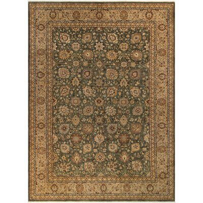 Ernesto Traditional Hand-Knotted Wool Green/Tan Area Rug