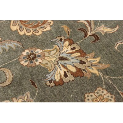 Ernesto Hand-Knotted Wool Green/Tan Area Rug
