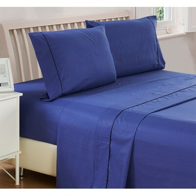 Harpe Superior Checkered Microfiber 4 Piece Sheet Set Size: King, Color: Navy Blue