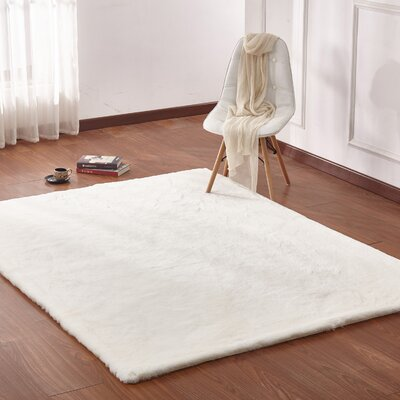 Lineberger Shaggy Plush Hand-Tufted Off-White Area Rug