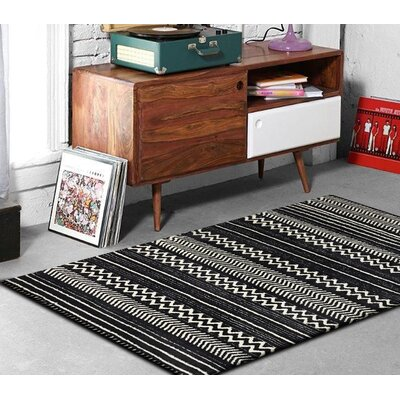Gagliano Shag Hand-Tufted Black/White Indoor Area Rug