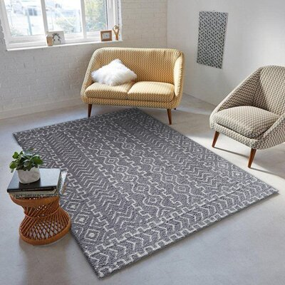 Cadsden Hand-Tufted Gray/White Indoor Area Rug Rug Size: Rectangle 5 x 7