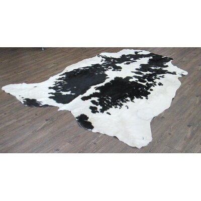 Wakefield Hand-Woven Cowhide Black/White Area Rug