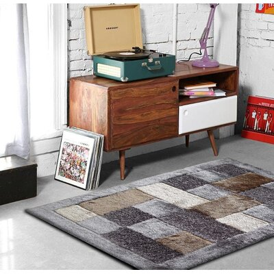 Armistead Hand-Tufted Gray/Beige Area Rug