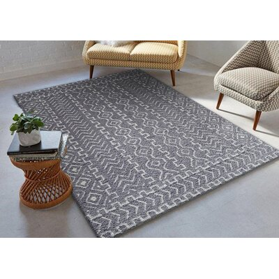 Gagliano Shag Hand-Tufted Gray/White Indoor Area Rug