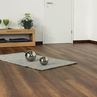 7 x 47 x 11mm Oak Laminate Flooring in Brown
