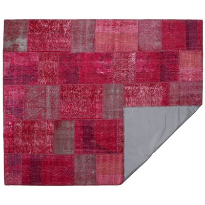 Kayla Patchwork Hand-Knotted Wool Rectangle Pink/Gray Area Rug