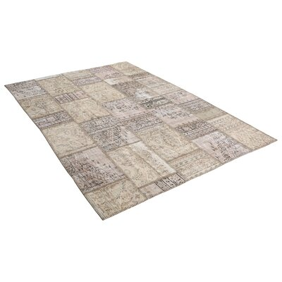 Kayla Patchwork Hand-Knotted Wool Gray/Beige Area Rug