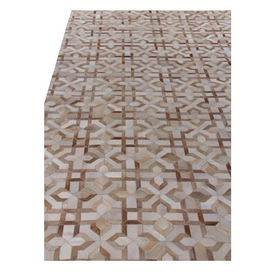 Natural Hide Beige/Ivory Area Rug Rug Size: Rectangle 5 x 8