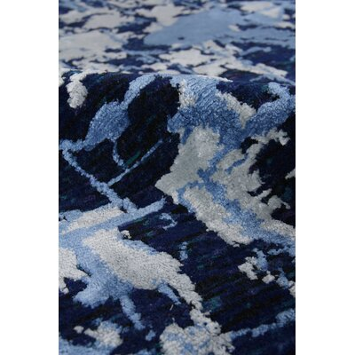 Hundley Cecily Hand-Knotted Wool Dark Blue Area Rug Rug Size: Rectangle 6 x 9