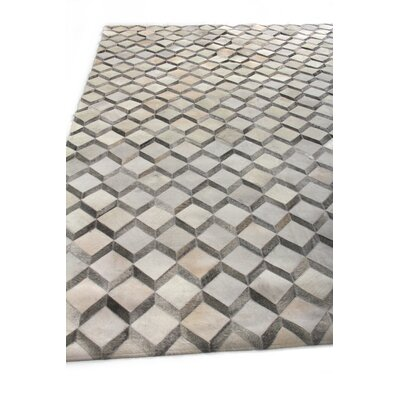 Natural Hand-Woven Cowhide Ivory/Gray Area Rug