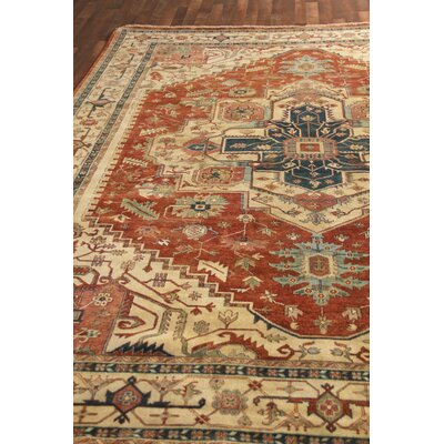 Fine Serapi Hand-Knotted Wool Red/Ivory Area Rug
