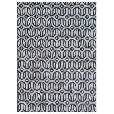 Natural Hide, Leather, Silver/Ivory/Blue/Multi (96x136) Area Rug Rug Size: 96 x 136