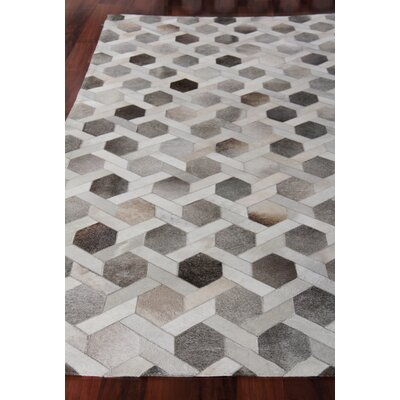 Natural Hide Gray/Brown Area Rug Rug Size: Rectangle 116 x 146